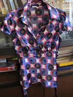 Отдается в дар Рубашка 40-42 рос.