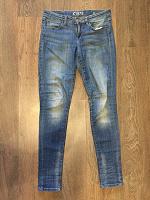 Отдается в дар Женские джинсы Zara.