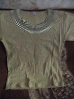 Отдается в дар Блуза и футболка
