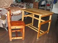 Отдается в дар Столик и стульчик для дошкольника.