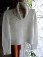 Отдается в дар свитер р.46-48
