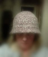 Отдается в дар Вязаная шляпка