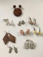 Отдается в дар Бижутерия и украшения: серьги, колье, браслеты