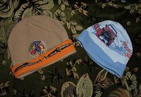 Отдается в дар Две шапочки