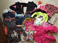 Отдается в дар Одежда для девочки размер 92-98