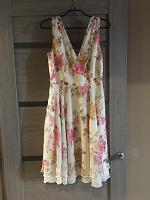 Отдается в дар Милое платье 44-46 размер