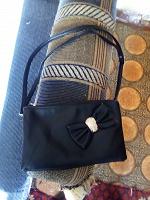 Отдается в дар Женская сумочка!