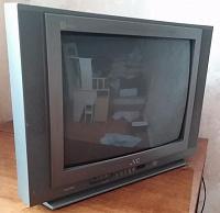 Отдается в дар телевизор JVC AV-21DMG3