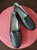 Отдается в дар Летняя обувь женская