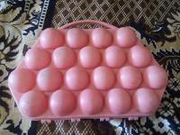 Отдается в дар Ячейка для яиц пластмассовая