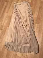 Отдается в дар Юбка длинная Zara, наверно, новая :)