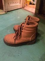 Отдается в дар Зимние ботинки женские, 40 размер