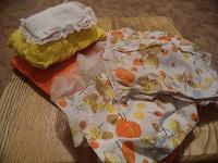 Отдается в дар Матрас, подушки и покрывала для кукольной кровати