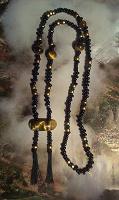 Отдается в дар 2 ожерелья «Теплая сдержанность» 55, 58 см