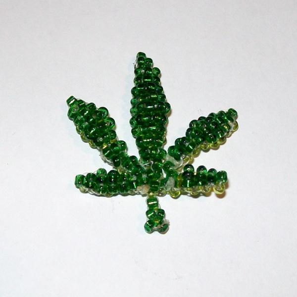 Как сделать коноплю из бисера марихуана москва стоимость