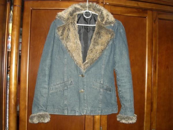 Курточка джинсовая б/у