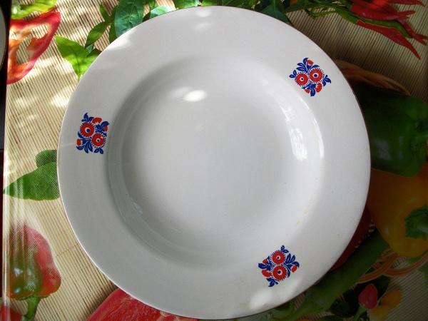 Тарелки суповые