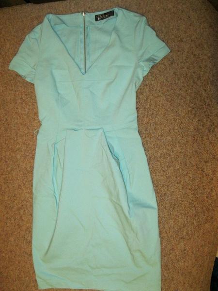 Мятное платье 40р